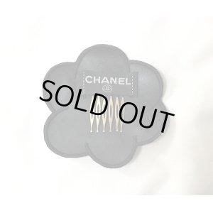 画像2: シャネル(CHANEL)値下セール!  ビニールカメリアヘアークリップ